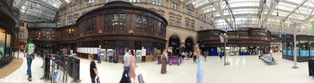 accès par l'intérieur de la gare