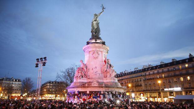 diapo-place-republique-paris-reappropriee-2_5580949